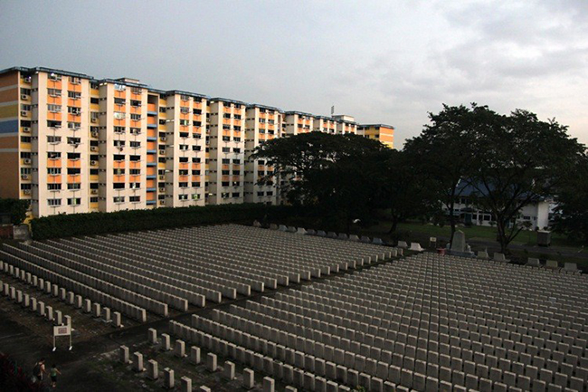 At Holland Close, HDB prices are not affected by the cemetery nearby