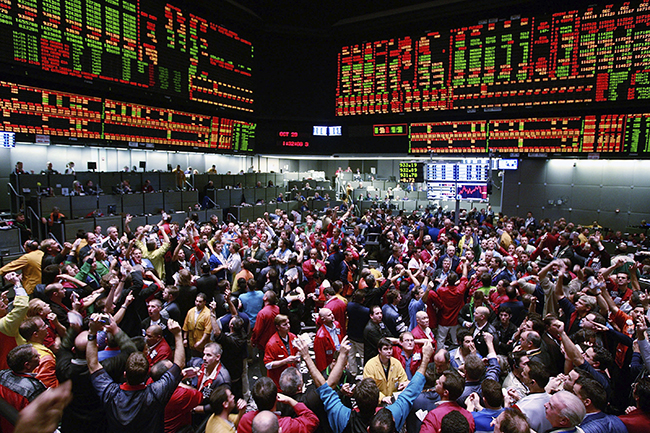 The-madness-of-crowds-means-that-randomness-plays-a-big-role-in-financial-markets