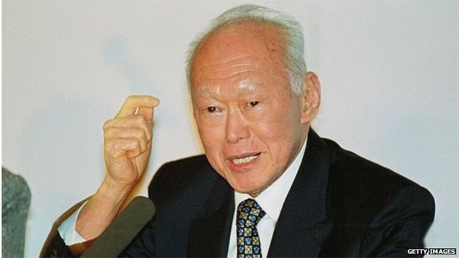 Top Image - Internet entrepreneur Lim Der Shing shares his maing learning point from Mr Lee Kuan Yew
