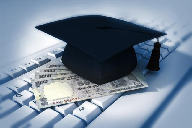 Top Image - Singapore's Best Education and Study Loans. [Photo Credit: Thinkstock]