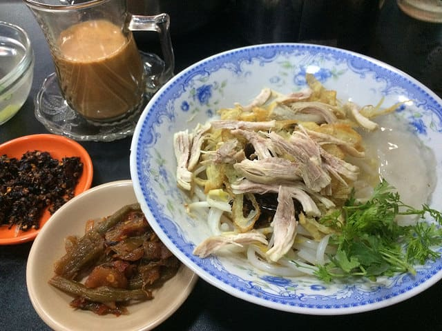 Mee Shay - A Shan cuisine. The milk tea is also another local favourite.