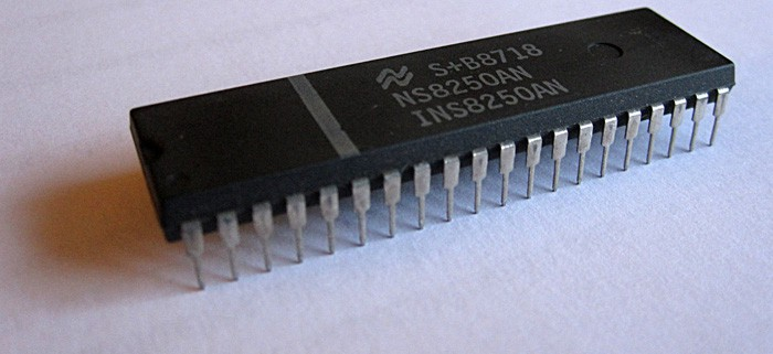 Semiconductor_wikicommons