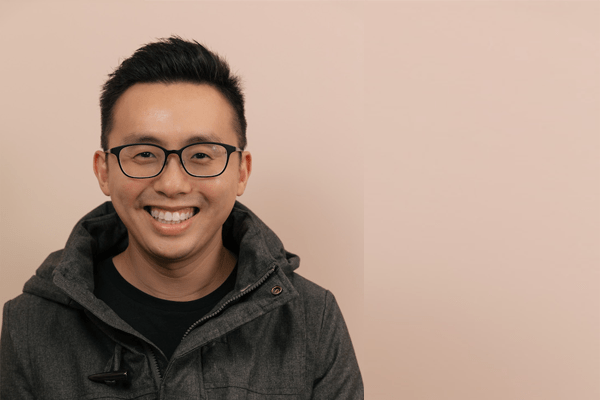 Cornered by Debt and In Despair at 22, Here Is How He Turned His Life Around – Interview with Koh Eng Beng from Happiness Notebook